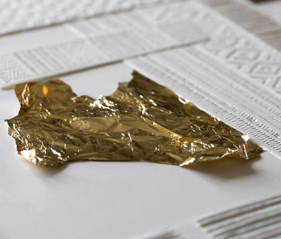 techniques de la pose d'une feuille d'or
